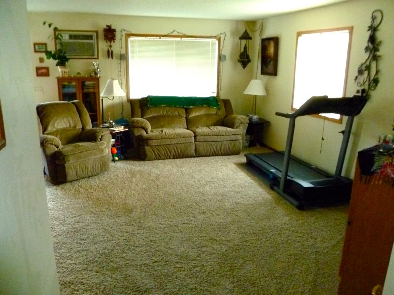 Large Living Rooms. Large Living Room In 3 Bedroom Apartment Rental ...